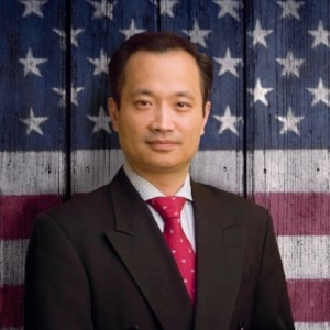 Homepage Dr Ming Wang with American flag as backg